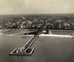 St. Pete Skyline Vintage - Million Dollar Pier