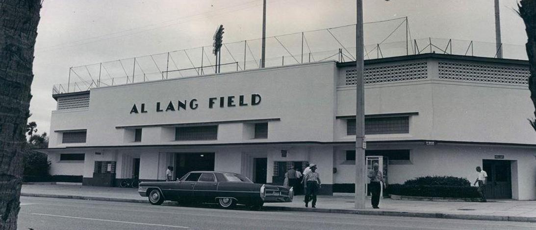 Vintage-Al-Lang-Field-Slider